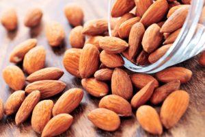 7 Manfaat Kacang Badam atau Almond yang Kamu Harus Tahu