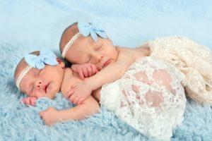 24 Contoh Rangkaian Ide Nama Bayi Kembar Perempuan Beserta Artinya