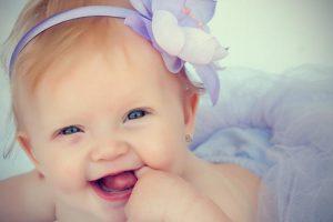 42 Contoh Rangkaian Nama Bayi Perempuan Kristen Terbaik Beserta Artinya