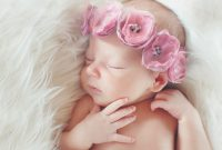 25 Rangkaian Nama Bayi Perempuan Modern Terbaik Beserta Artinya