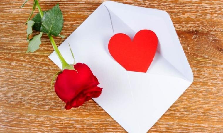 7 Contoh Surat Cinta Romantis Untuk Pacar Maupun Kekasih