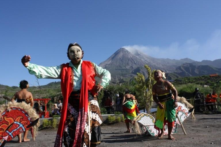 10 Lagu Daerah Jawa Tengah, Lengkap Dengan Videonya