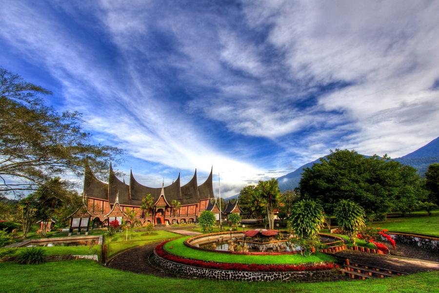 10 Lagu Daerah Sumatera Utara, Lengkap Lirik dan Video nya