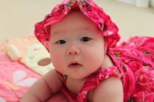 13 Contoh Rangkaian Nama Bayi Perempuan Gabungan Cina dan Indonesia + Artinya