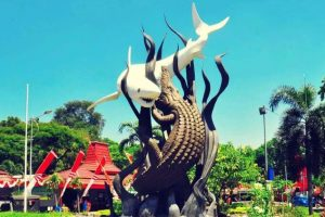 Profil Provinsi Jawa Timur | Sejarah, Logo, Hidrografi, Iklim, Suku dan Bahasanya