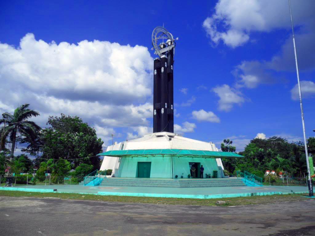 Profil Provinsi Kalimantan Barat: Batas Wilayah, Iklim, Etnis, Bahasa, Agama dan Budaya