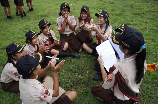 3 Contoh Lirik Yel Yel Pramuka Berbagai Bahasa (Bahasa Jawa, Sunda dan Inggris)