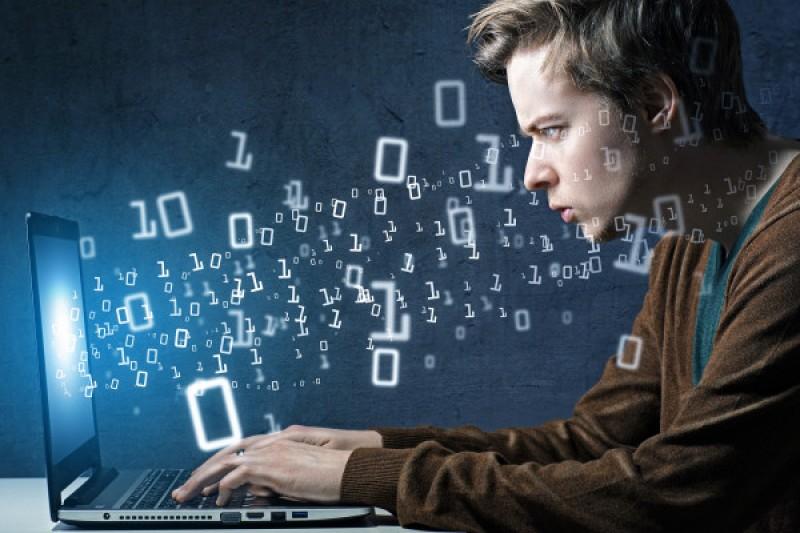 Tips dan Trik Menjadi Programmer yang Handal & Sukses