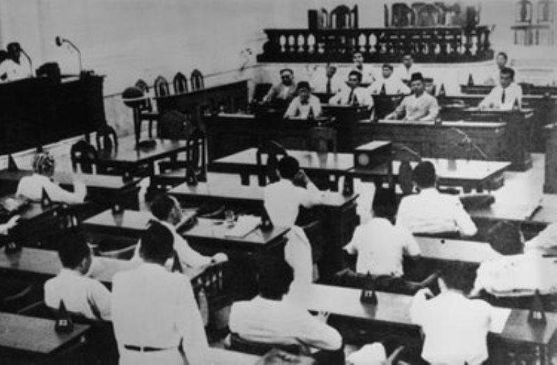 Penjelasan Lengkap 10 Hasil Sidang PPKI 1, 2 dan 3 (18, 19 dan 22 Agustus 1945)