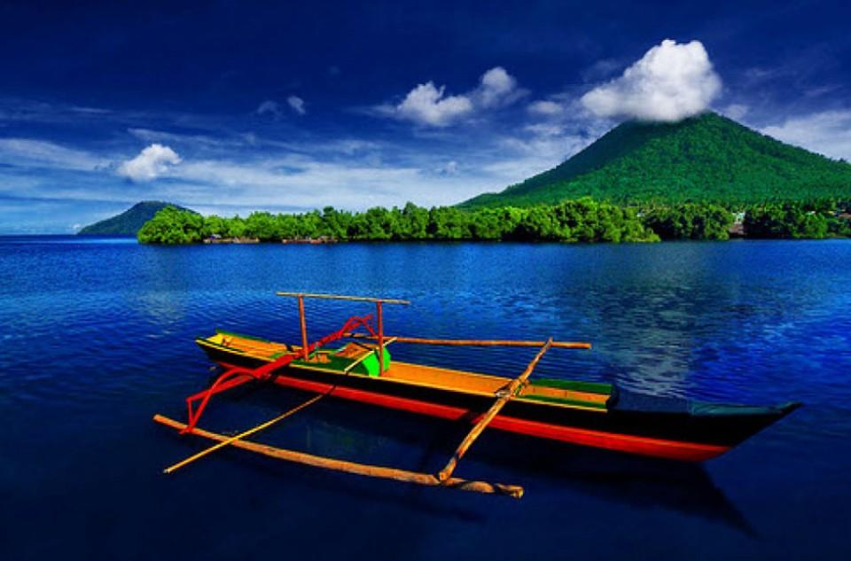 Kumpulan Lagu Daerah Maluku Utara Beserta Lirik dan Maknanya