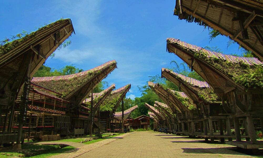 Kumpulan Lagu Daerah Sulawesi Selatan (Sulsel) Beserta Lirik dan Maknanya