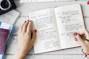 Pengertian Paragraf dan 5 Jenis Paragraf Beserta Penjelasan Lengkapnya