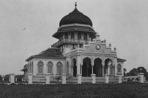 Kerajaan Perlak | Sejarah Kerajaan Islam Pertama dan Tertua di Indonesia