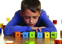 √ 5 Cara Menghadapi Anak Autis yang Bisa Dicoba (Efektif) | Pengertian